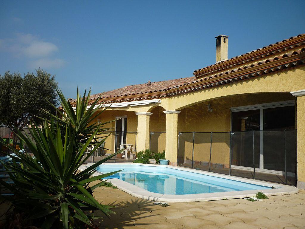 Villa narbonne 339000 sas haut narbonne agence for Grand garage montluconnais sas